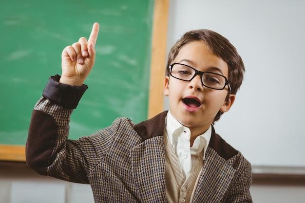 L'allievo si è vestito come insegnante che ha un'idea
