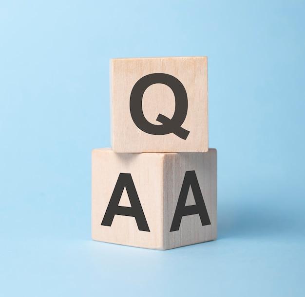 Qa, domande e risposte sui cubi di legno