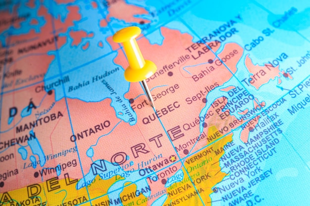 Il quebec appuntato su una mappa del canada