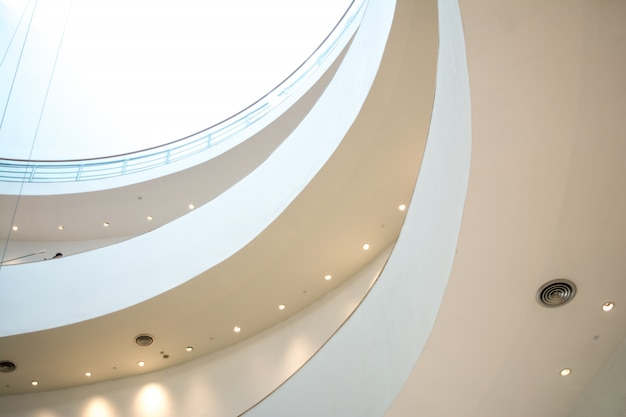 La curva della rampa nell'edificio