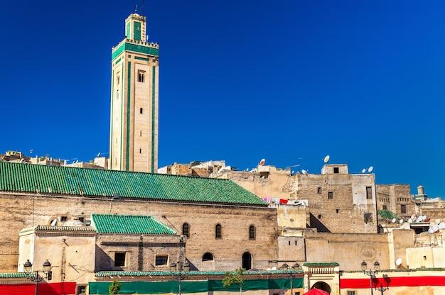 Moschea rcif nella medina di fes, marocco