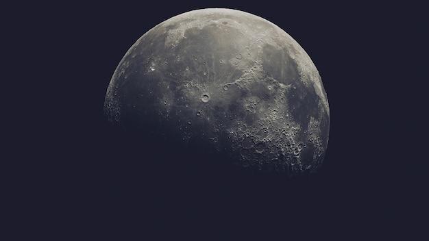 Luna realistica nello spazio esterno isolata sul nero