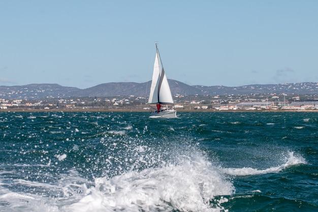 Barca a vela ricreativa