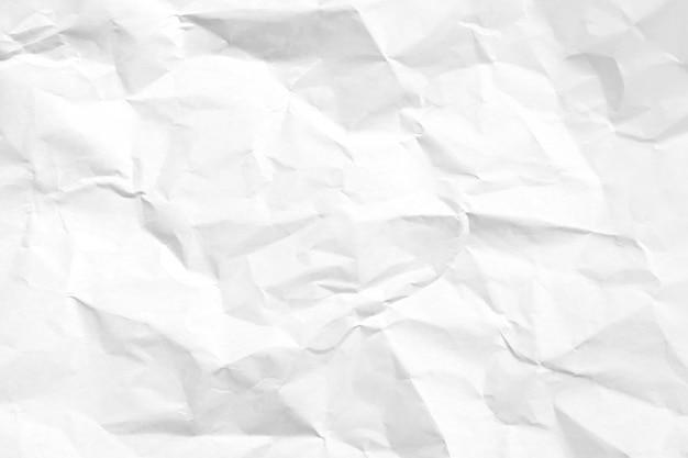 Sfondo bianco carta stropicciata riciclata.