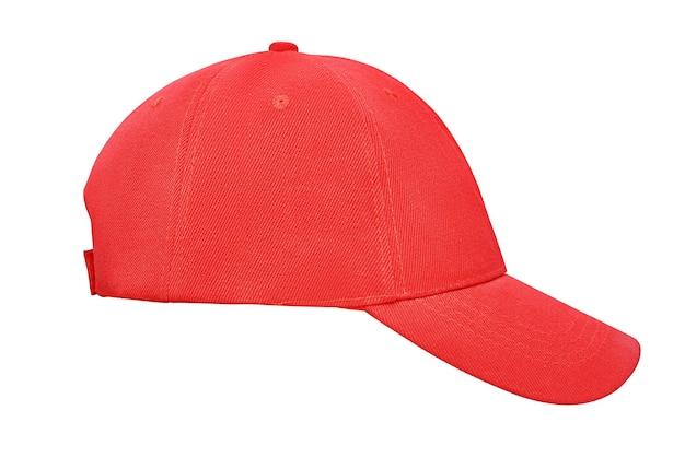 Berretto da baseball rosso isolato su priorità bassa bianca con il percorso di residuo della potatura meccanica