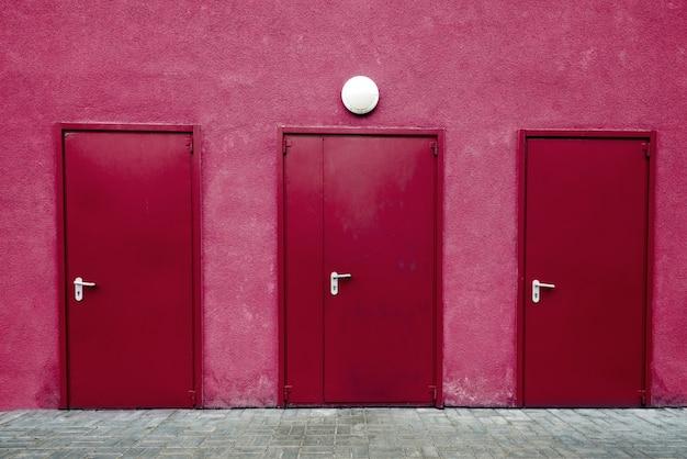 Porte rosse