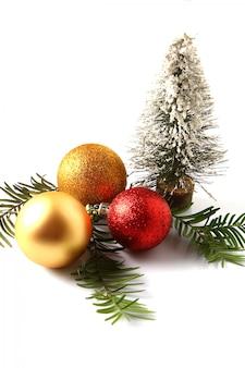 Decorazioni natalizie rosse e dorate