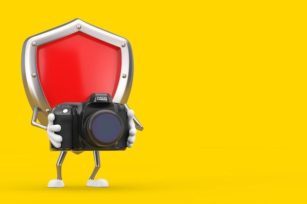Mascotte rossa del carattere dello schermo di protezione del metallo con la macchina fotografica moderna della foto di digital su un fondo giallo. rendering 3d