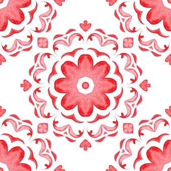 Modello senza cuciture rosso delle mattonelle della pittura di arabesco dell'acquerello del fiore ornamentale per tessuto e ceramica