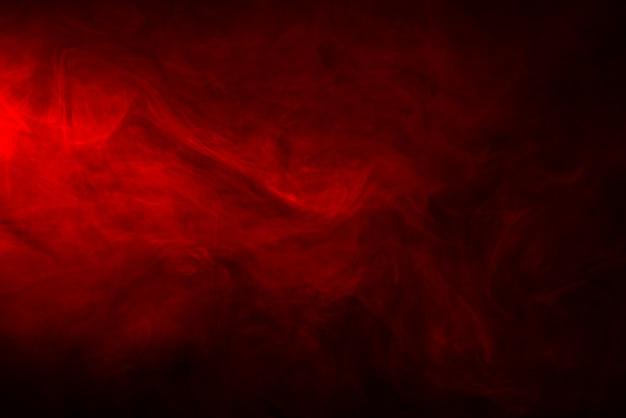 Trama di fumo o vapore rosso