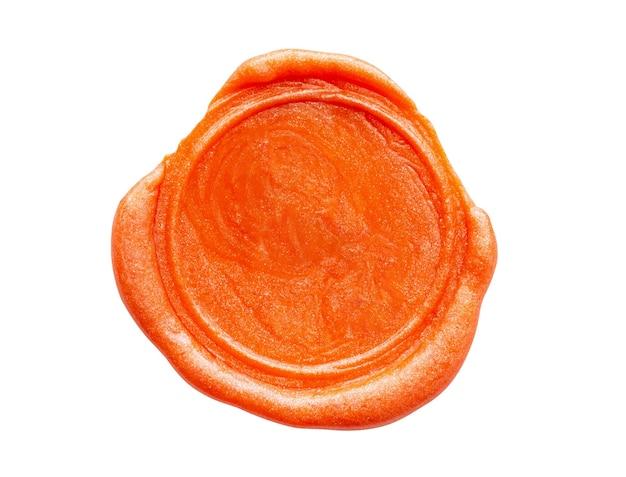Sigillo di timbro di cera rossa isolato su sfondo bianco
