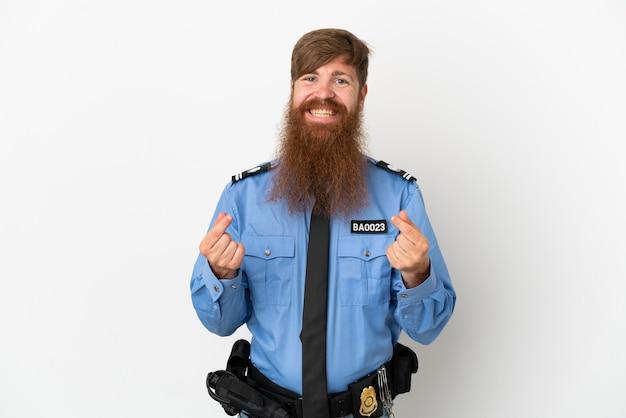 Redhead uomo di polizia isolato su sfondo bianco fare soldi gesture