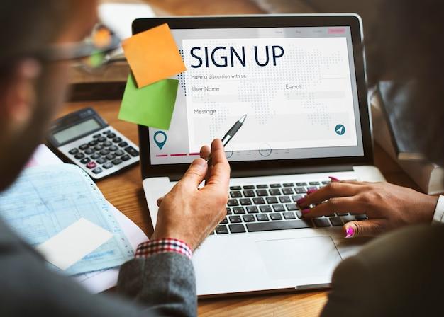 Registrati richiesta pagina web online concept