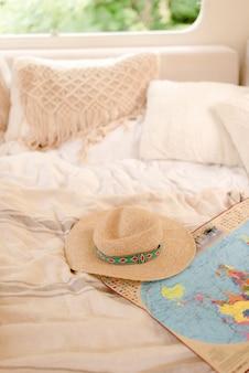 Rilassati sul letto