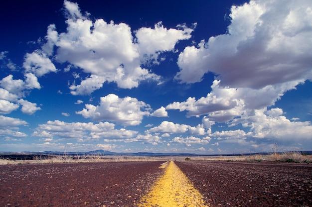 Strada a distanza, in arizona