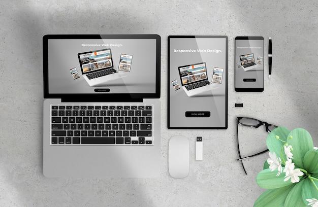 Responsive web design su dispositivi rendering 3d