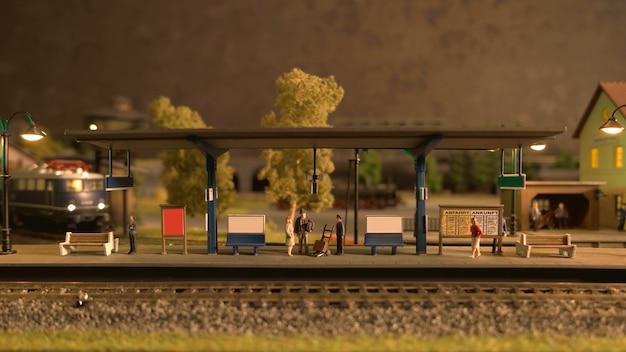Stazione ferroviaria retrò.