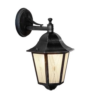 Lampione in stile retrò isolato su bianco