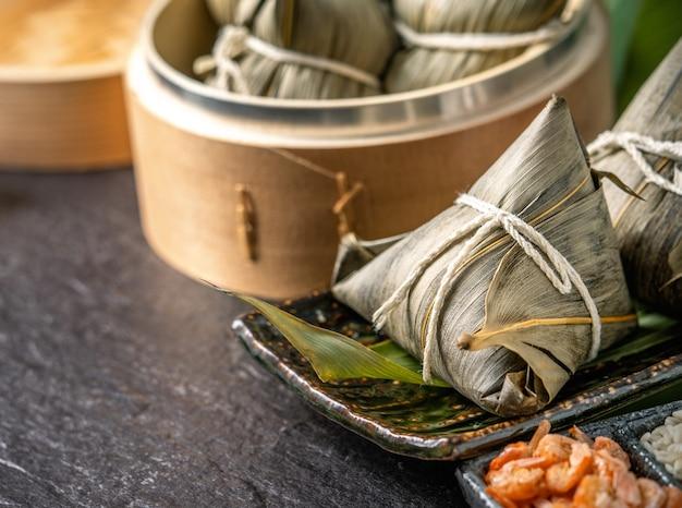 Gnocchi di riso per dragon boat festival (festival di duanwu)