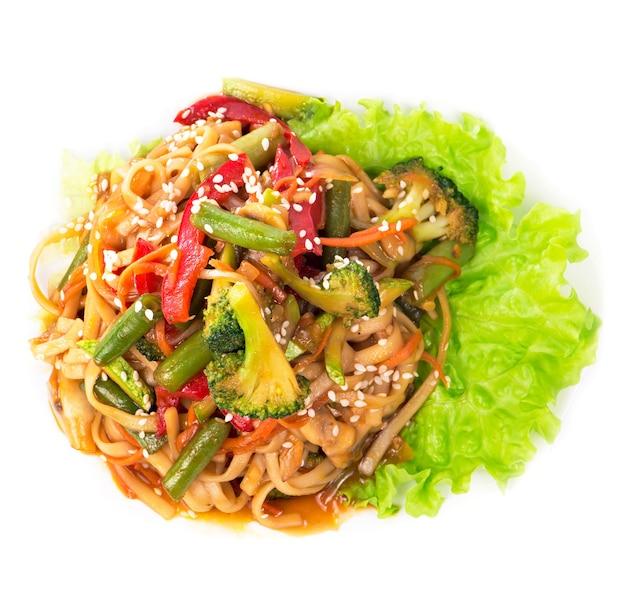 La crêpe di spaghetti di riso con gamberetti, verdure