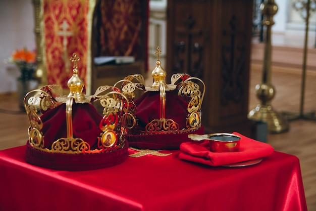 Anelli e corone nella chiesa ortodossa