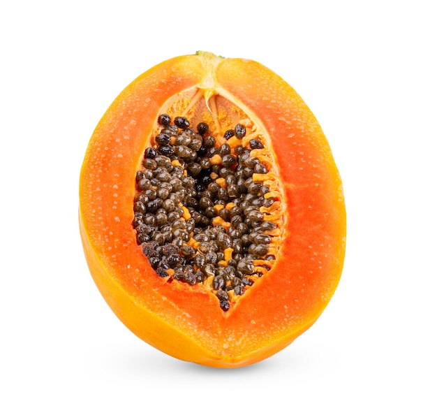 Papaia matura isolata su sfondo bianco