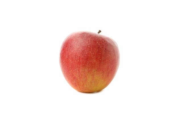 Mela rossa matura isolata su bianco