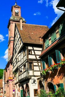 Riquewihr, uno dei borghi più belli della francia, regione dell'alsazia