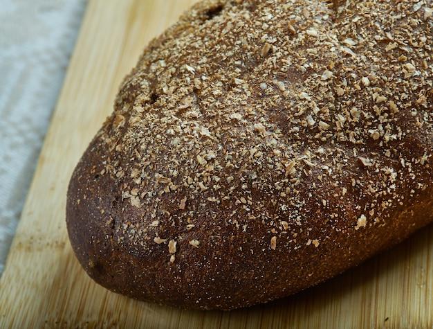 Rizhsky khleb - delizioso pane di segale, varietà di pane azzimo russo