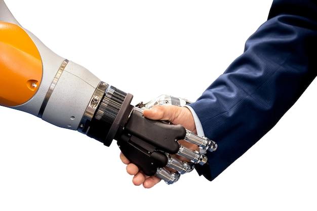 Mano del robot che agita la mano umana isolata su bianco
