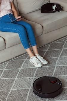 Robot aspirapolvere pulizia tappeto