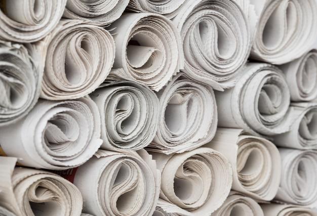 Rotoli di giornali