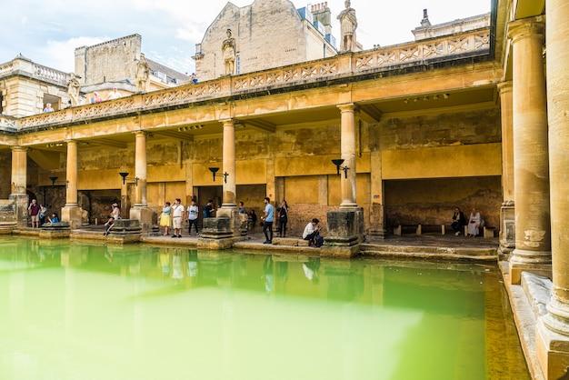 Terme romane nella città di bath.