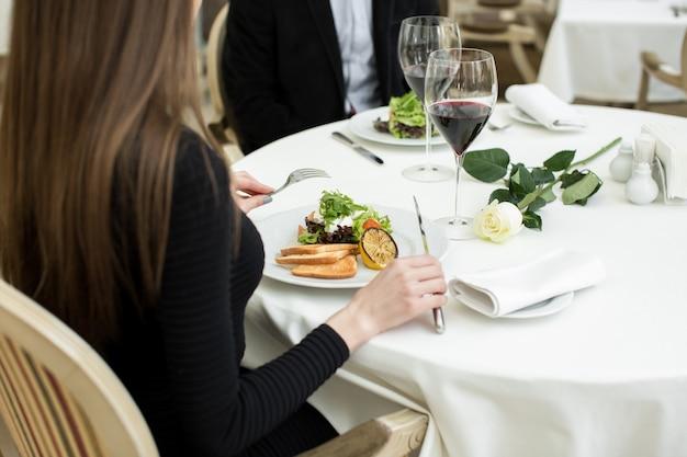 Cena romantica al ristorante