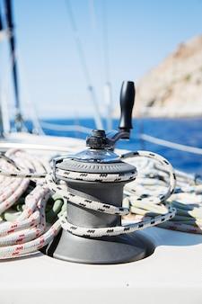 Corda sulla barca a vela