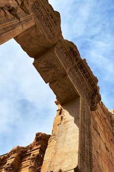 Rovine del tempio di giove, baalbeck, libano.