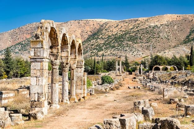 Rovine della cittadella degli omayyadi ad anjar.