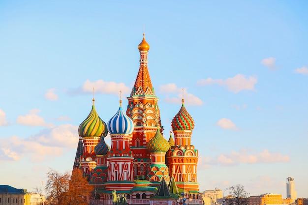 Russia, mosca, piazza rossa, vista della cattedrale di san basilio