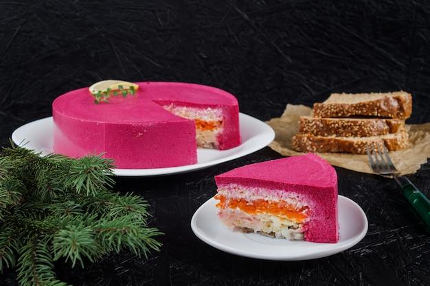 Cucina russa aringa. piatti russi di capodanno tradizionali