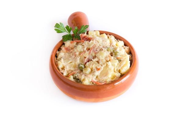 Insalata russa, cibo tipico spagnolo.