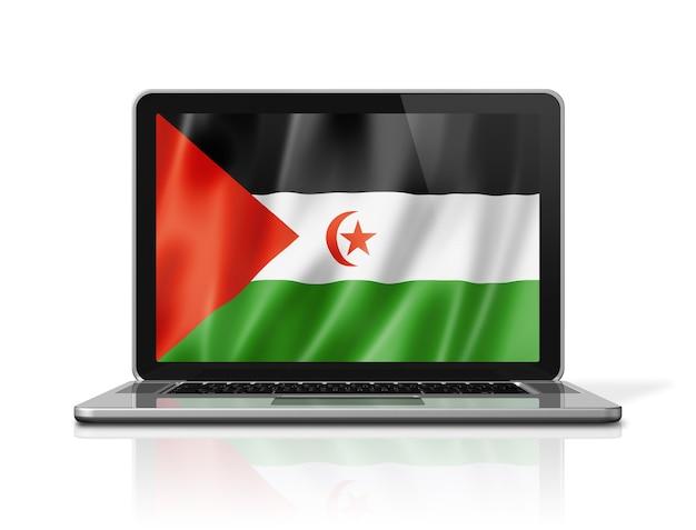Bandiera della repubblica democratica araba saharawi sullo schermo del computer portatile isolato su bianco. rendering di illustrazione 3d.