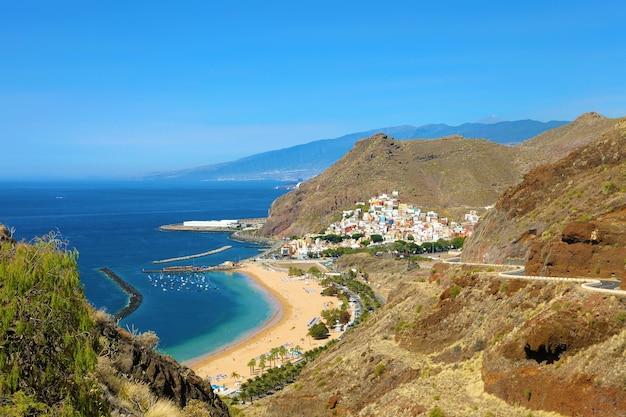 Villaggio di san andres e spiaggia di las teresitas, isole canarie