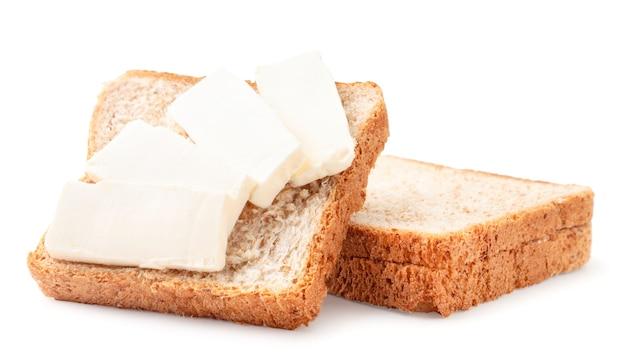 Panino con crema di formaggio close-up su uno sfondo bianco. isolato