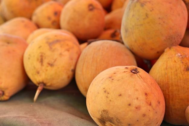 Santol frutta nel mercato