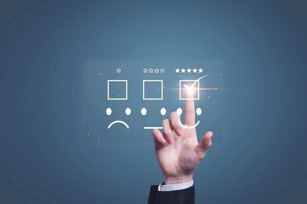 Sondaggio del concetto di soddisfazione che valuta la soddisfazione del cliente dopo il servizio post-vendita