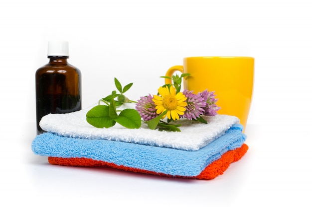 Set sauna con asciugamani, olio alle erbe e tisane bio