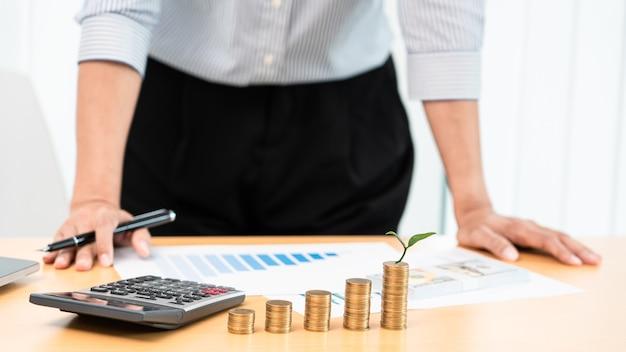 Risparmio di denaro e concetto di investimento