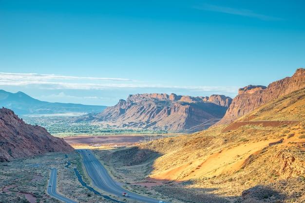 Scene dal famoso parco nazionale di arches, moab, utah, usa