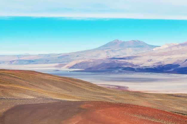 Paesaggi panoramici del nord dell'argentina. bellissimi paesaggi naturali stimolanti.