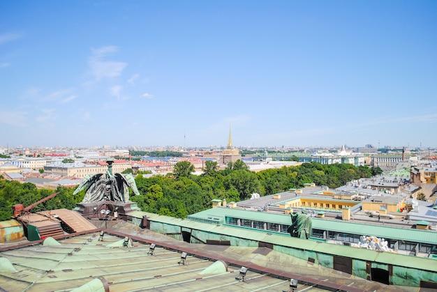 Vista panoramica dalla cattedrale di sant'isacco a san pietroburgo.